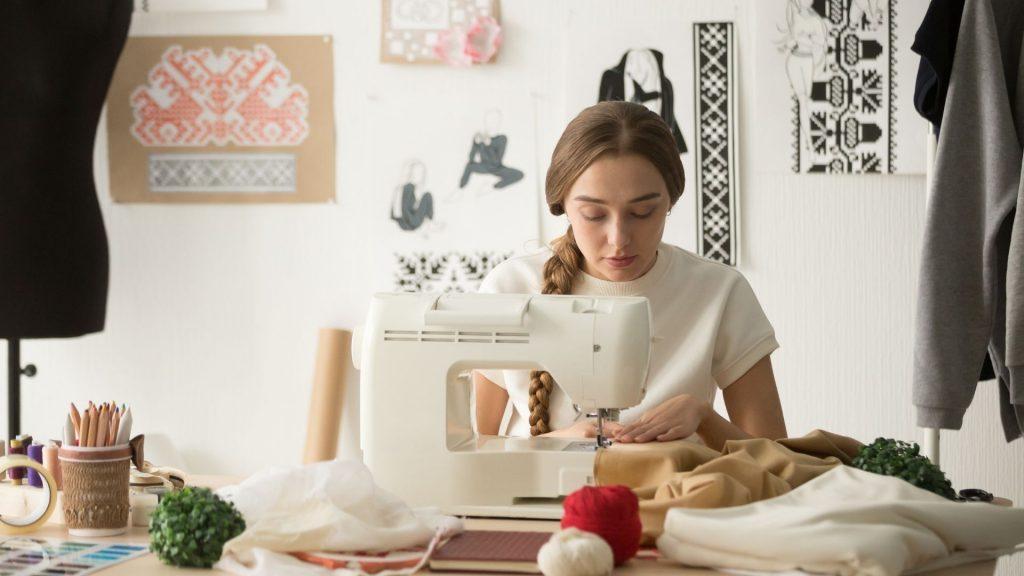 Cours de couture en ligne : la meilleure façon de se former rapidement !